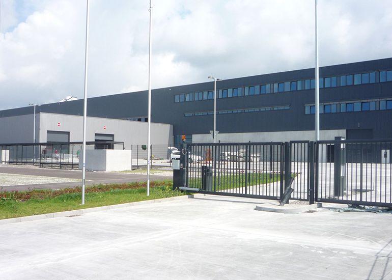Neubau Logistikzentrum MTU, Kluftern